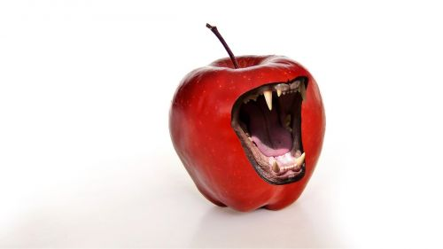 apple snappy tooth