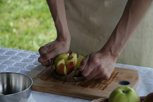apple slicing apples autumn