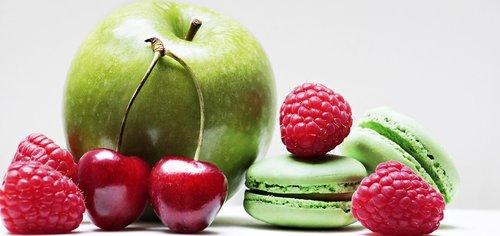 apple  raspberries  cherries