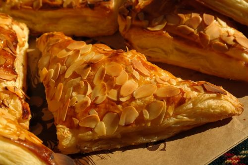 apple bags pastries puff pastry