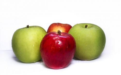 apples fresh green