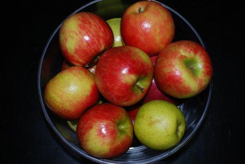 apples fruit nutrition