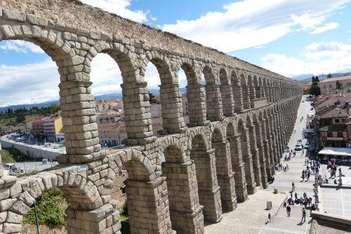 aqueduct segovia bridge