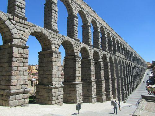 aqueduct aqueduct of segovia spain