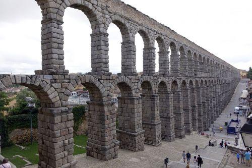 aqueduct of segovia roman aqueduct monument