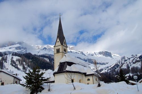 arabba dolomites church