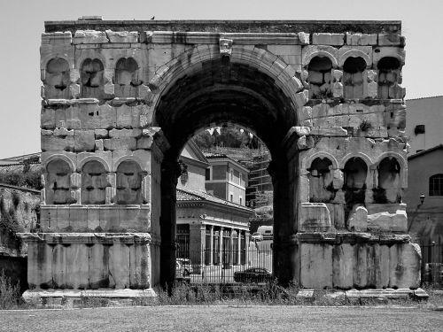 arc de triomphe rome ancient