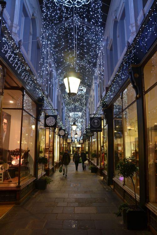 arcade alley lights