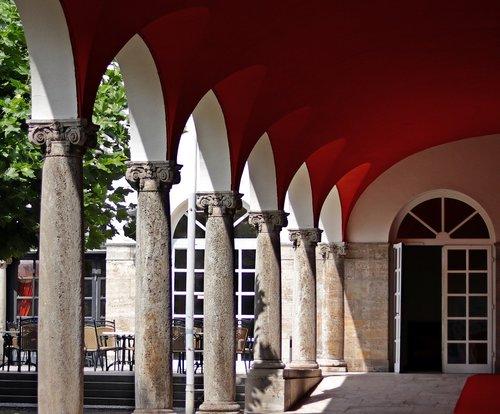 arcade  red carpet  hotel