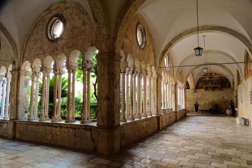 arcade cathedral dubrovnik