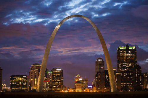 arka,st louis,Šv. Luizos arka,dangus,orientyras,Luisas,miestas,panorama,amerikietis,Misisipė,nacionalinis,dangoraižis,midwest,plienas,saulėlydis,nakties dangaus linija,naktis,meno kūriniai,JAV orientyras,mus orientyras