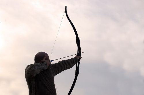 archer arrow man