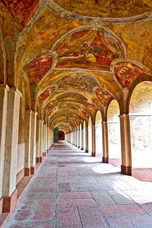 arches colonnade cloister
