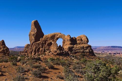 arches turret  sandstone  arches