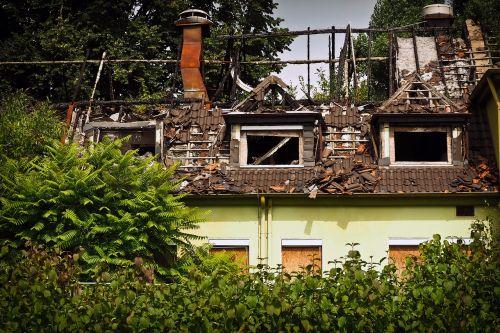 architecture brand destruction