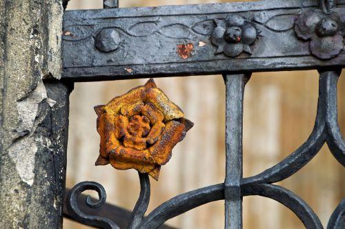 architecture gothic rose