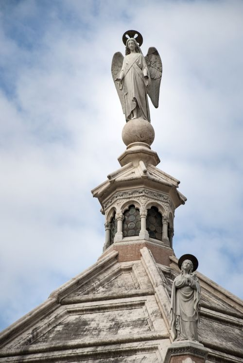 architecture himmel statue