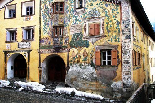 architecture frescoes decorating
