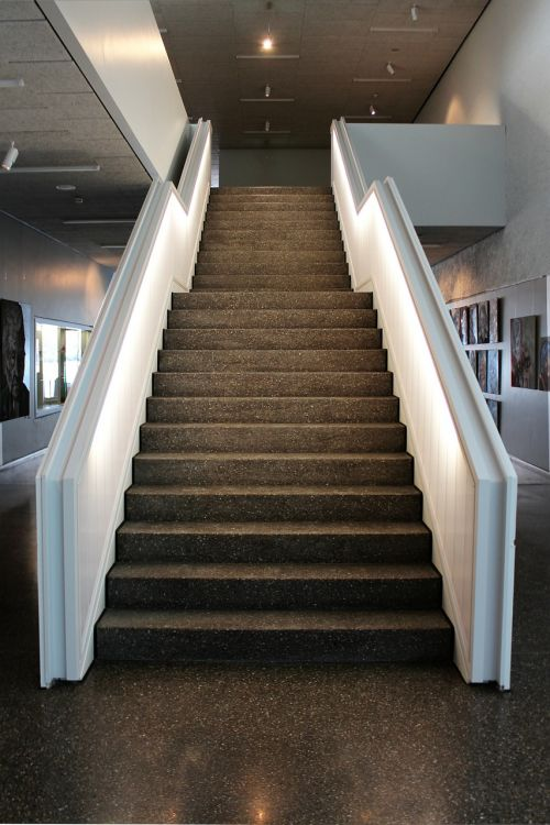 architecture stairs gradually