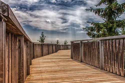 architecture  wooden track  sidewalk