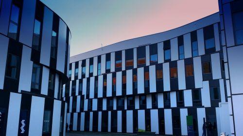 architektūra,pastatas,šiuolaikiška,langas,fasadas