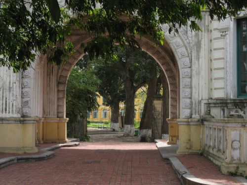 architecture french arch hanoi