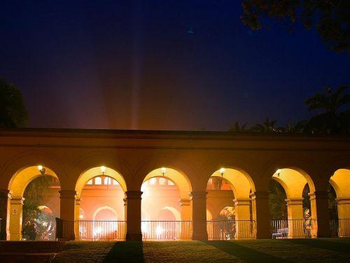 archway lighting light beam
