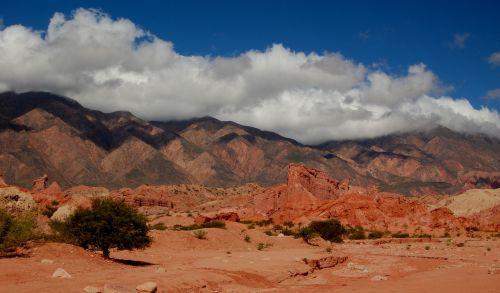 argentina salta hills