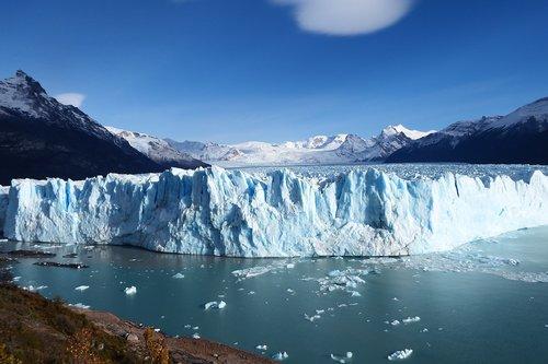 argentina  glacier  expert