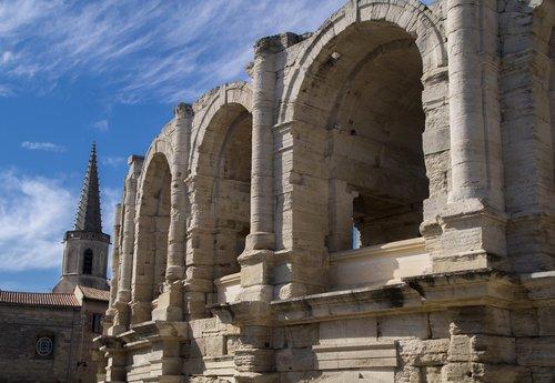 arles  arenas  amphitheater