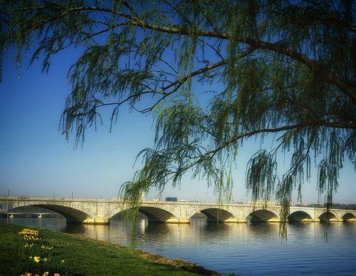arlington memorial bridge washington potomac river