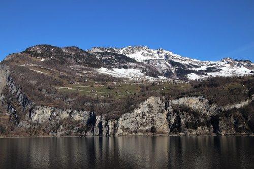 array  mountains  rocks