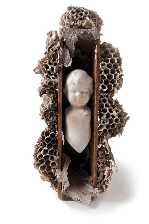 art wasp nest sculpture