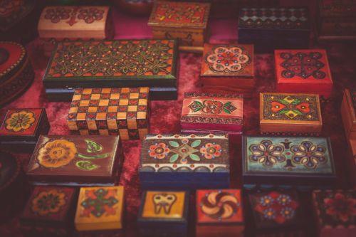 art boxes color