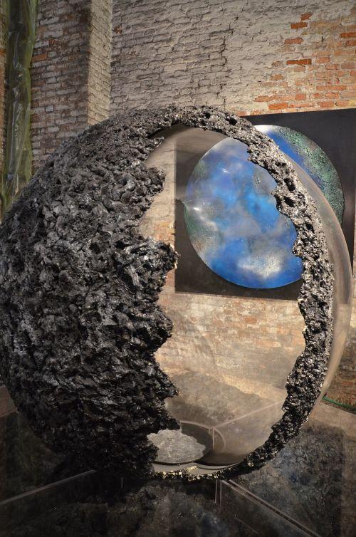 art earth biennale