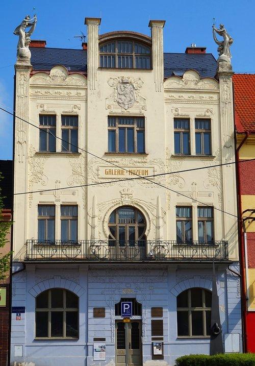 art nouveau  building  czechia