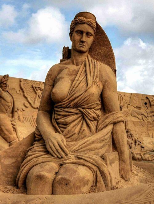 artemis pillar goddess