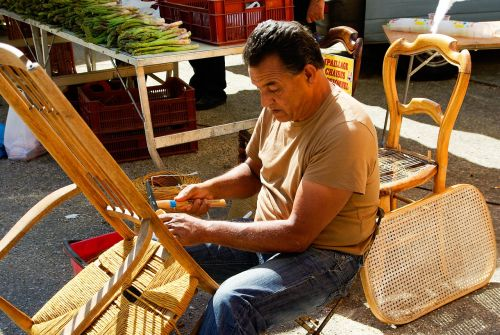 artisan rempailleur straw chair