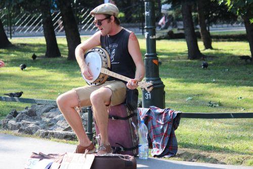artist road musician