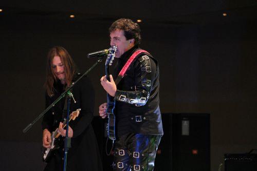 menininkas, dainininkė, daina, mikrofonas