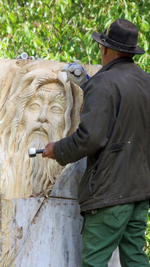 artists sculptor wood work