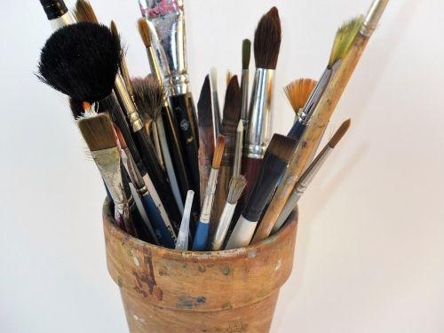 artist's brushes brushes brush pot