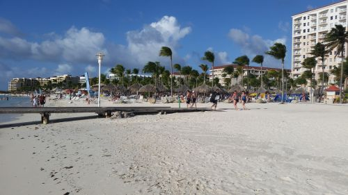 aruba hotel beach