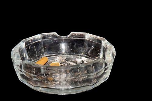 ashtray tilt smoking