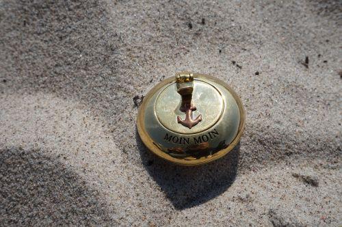 ashtray cigarettes ash