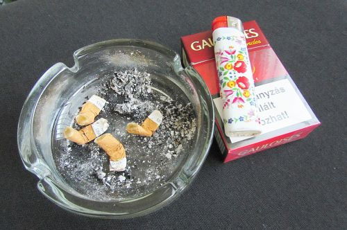ashtray cigarettes cigarette butts