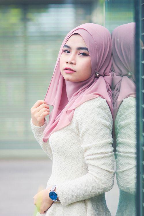 asian women hijab