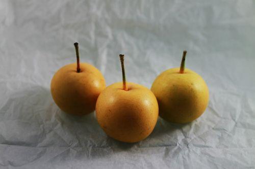asian pear pear yellow