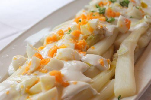 asparagus sauce eat