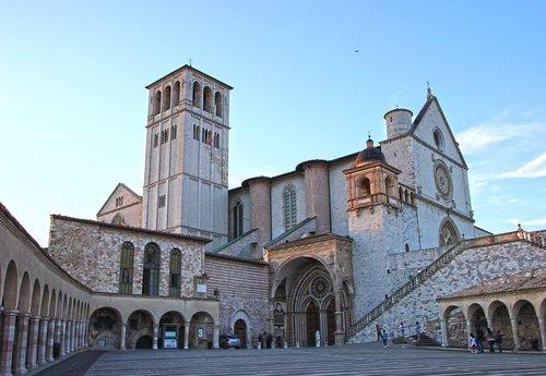 assisi  umbria  basilica